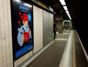 affiche_dans_le_metro-e58cd